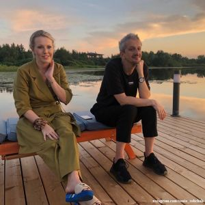 Подробнее: Ксения Собчак отдыхает с сыном на даче, поэтому считает себя патриотом