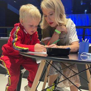Подробнее: Ксения Собчак призналась, что для нее дорого содержать ребенка