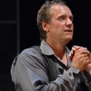 Подробнее: Андрей Соколов сыграл в пьесе Сартра