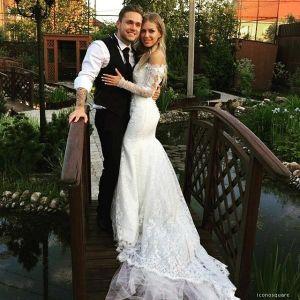 Подробнее: Дакота вышла замуж за Влада Соколовского