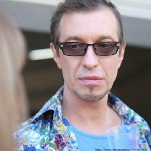 Подробнее: Сергей Соседов предложил бедным звезда продавать яхты и виллы