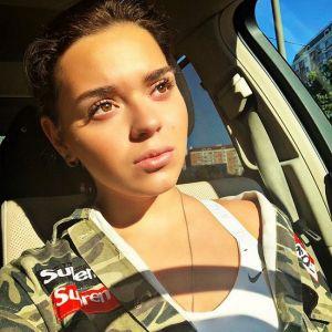 Подробнее: Аделина Сотникова похвасталась своей фигурой в купальнике (видео)