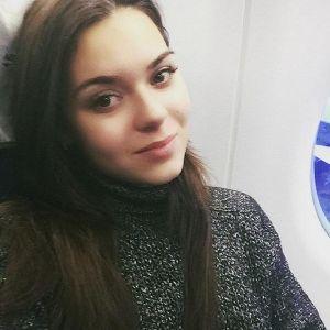 Подробнее: Аделина Сотникова изменила внешность