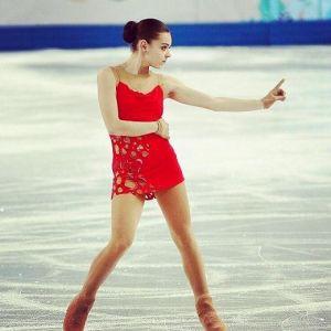 Подробнее: Почему Аделина Сотникова выступает в «Танцах со звездами»
