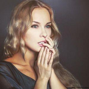 Подробнее: Полина Стрельникова развелась с мужем