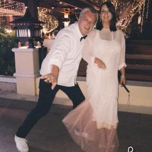 Подробнее: Екатерине Стриженовой приходится мириться с вредными привычками мужа