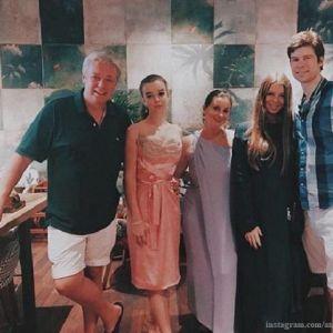 Подробнее: Старшая дочь Екатерины Стриженовой родила сына