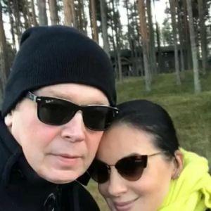 Подробнее: Екатерина Стриженова решила продолжить худеть и оздоровляться в детокс-клинике