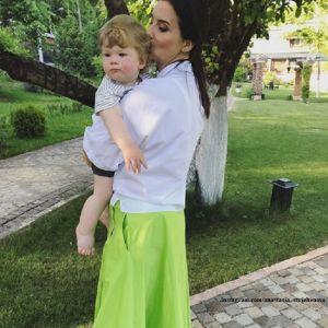 Подробнее: Екатерина Стриженова обратилась к старшей дочери и зятю  в годовщину свадьбы