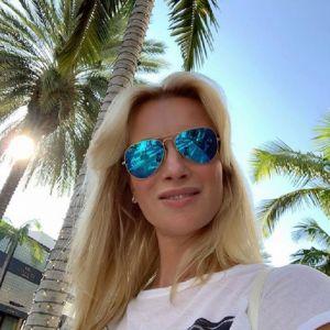 Подробнее: Олеся Судзиловская поделилась ярким кадром в бикини перед отъездом из США