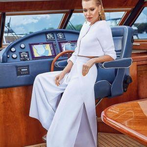 Подробнее: «Что творишь-то?!»: Олеся Судзиловская в ярком купальнике восхитила Виторгана