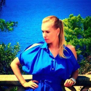 Подробнее: Олеся Судзиловская показала стройную фигуру в бикини