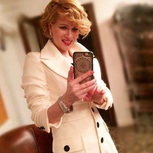 Подробнее: Олеся Судзиловская  решила научить трехмесячного сына писать и читать