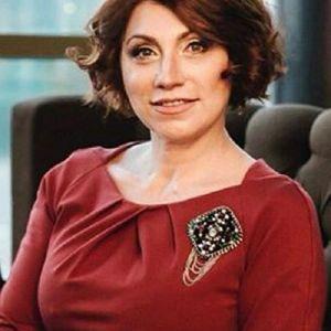 Подробнее: Роза Сябитова призналась, что крутила романы с участниками шоу «Давай поженимся»