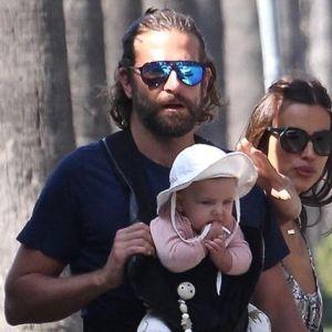 Подробнее: Ирина Шейк с Брэдли Купером на прогулке с дочерью Леей