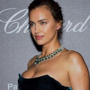 Подробнее: Ирина Шейк восхитила в Каннах соблазнительной фигурой в бикини