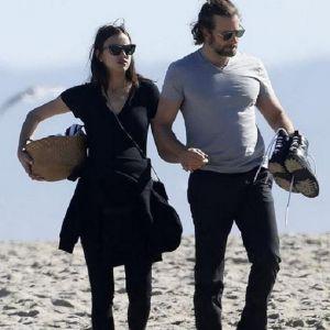 Подробнее: День Святого Валентина беременная Ирина Шейк провела с любимым на пляже