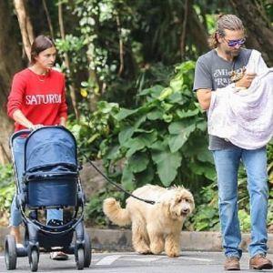 Подробнее: Ирина Шейк с Брэдли Купером на прогулке с дочкой