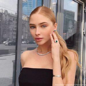 Подробнее: Алена Шишкова на грани анорексии