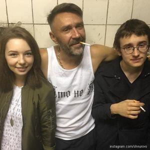 Подробнее: Дочь Сергея Шнурова выложила откровенные фото