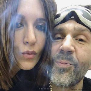 Подробнее: Матильда Шнурова  показала страстный поцелуй с супругом
