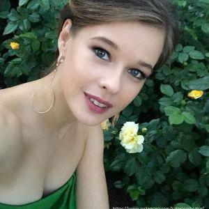 Подробнее: Екатерину Шпицу в аэропорту досмотрели до нижнего белья