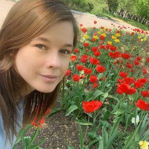 Подробнее: Катерина Шпица снялась в откровенном наряде для обложки глянца