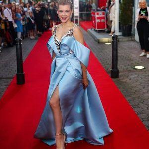Подробнее: Екатерина Шпица хотела содрать с себя кожу во время болезни