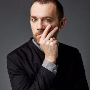 Подробнее: Денис Шведов женился на Александре Розовской