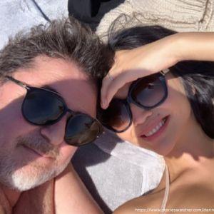 Подробнее: Александр Цекало с молодой женой посещает психотерапевта