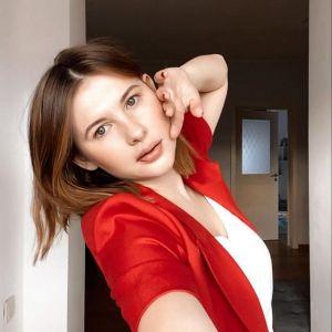 Подробнее: Анна Цуканова-Котт показала свою шикарную пятую точку