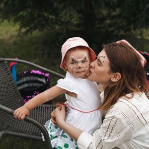 Подробнее: Анна Цуканова-Котт устроила фантастический день рождения для дочери