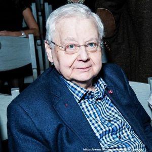 Подробнее: Наследники Олега Табакова получат миллионы