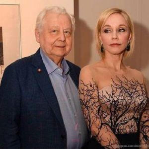 Подробнее: Олег Табаков пять лет пытался победить рак