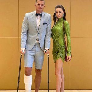 Подробнее: Дмитрий Тарасов отжег на свадьбе друга вместо заседания суда