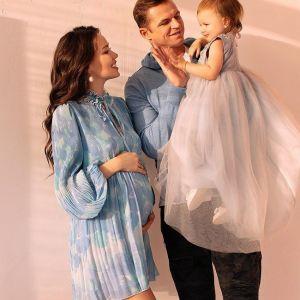 Подробнее: Беременная жена Дмитрия Тарасова устроила фотоссесию в боди