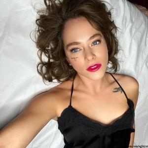 Подробнее: «Какая же ты секси»: Аглая Тарасова опубликовала пикантные фото