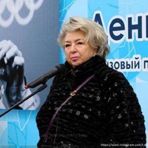 Подробнее: Татьяне Тарасовой из-за проблем со здоровьем сделали спальню на первом этаже