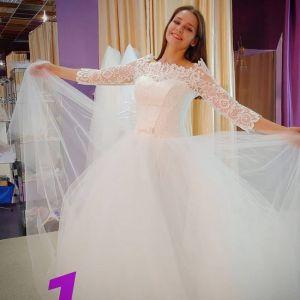 Подробнее: Глафира Тарханова выбирает себе свадебное платье