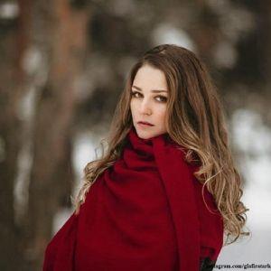 Подробнее: Глафира Тарханова предстала в образе роковой красавицы