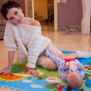 Подробнее: Елена Темникова раздает детские вещи своей дочки