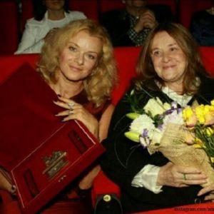 Подробнее: Дочь Маргариты Тереховой уволила любимую сиделку актрисы