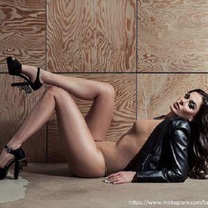 Подробнее: Татьяна Терешина в наряде с глубоким декольте без юбки восхитила мужчин