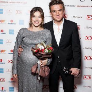 Подробнее: Регина Тодоренко садится на шпагат за неделю до родов