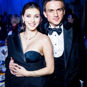 Подробнее: Регина Тодоренко в день рождения сына показала, как кормит его грудью
