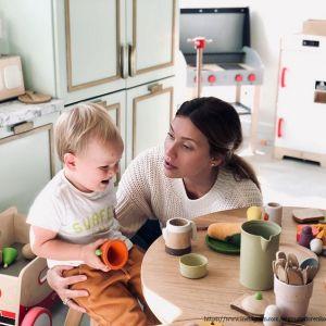 Подробнее: Регина Тодоренко поделилась забавным диалогом с сыном