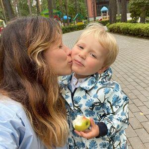 Подробнее: Сын Регины Тодоренко устроил истерику 1 сентября