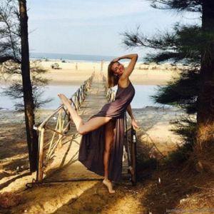 Подробнее: Любовь Толкалина устроила эротическую фотосессию на пляже