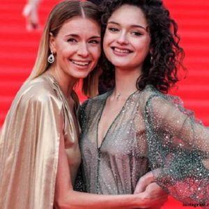 Подробнее: Дочь Толкалиной и Кончаловского дебютировала на красной дорожке московского кинофестиваля