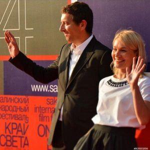 Подробнее: Как Виктория Толстоганова проявляет заботу о муже